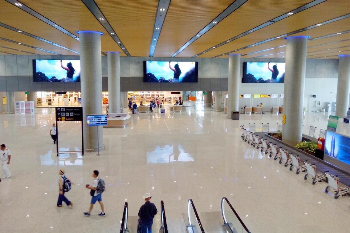 麥克坦機場/新航站樓